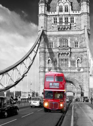 Фотообои ''Автобус на мосту 200х270 см''